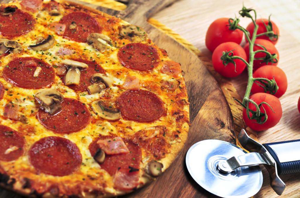 photodune-196205-pepperoni-pizza-m-1024x679